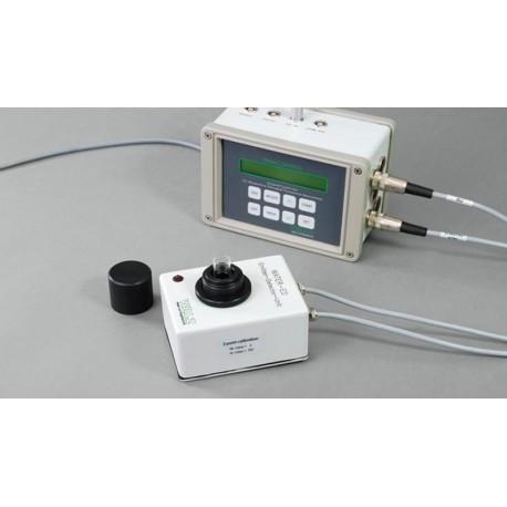 Versión CUBETA de WATER-PAM. Unidad de emisor-detector WATER-ED y PAM-Control unit.