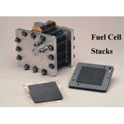 FC-50-04-7-ST Stack Pila Combustible PEM de 7 Celdas y 50cm2/50W Campo de Flujo Interdigitado