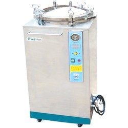 LVA-I10 Autoclave Vertical para Laboratório com Sistema Controlado por Microprocessador (35 L/ 134 °C)